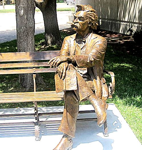 Nark Twain lives on in memory and on this Garden City, Kansas, bench.