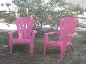 The perfect setting for making a connection with another human, I thought when I saw these chairs sitting in a Flagstaff, Arizona, RV park.  -- Photo by Pat Bean