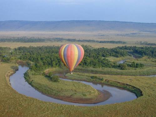 Perhaps I also like to watch Survivor and American Ninja Warrior because I'm a bit of an adrenalin junkie who can imagine herself as one of the participants. Which is why it was such a thrill for me to go for a hot air balloon ride over the Serengeti.