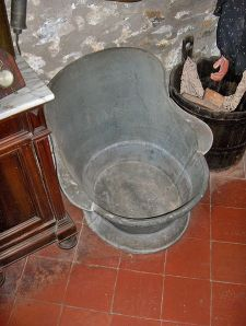 But I don't think I would have missed this early version of the bathtub. -- Wikimedia photo