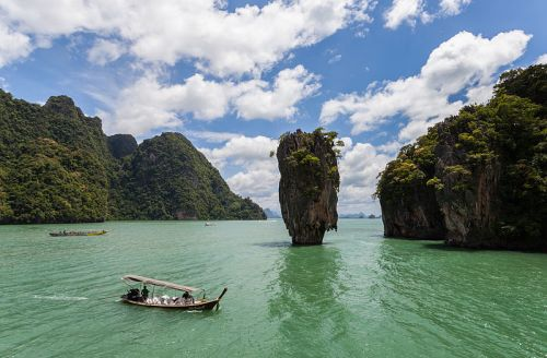 James Bond Island == Wikimedia photo