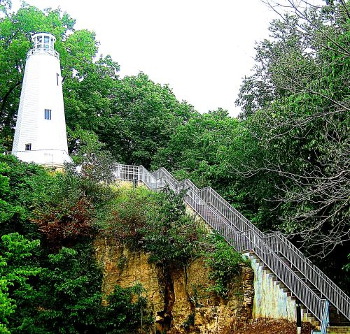 The Mark Twain Lighthouse in Hannibal Missouri, which I wrote about climbing up to see in 2006, when I was traveling the country full time with my canine companion Maggie in a small RV. -- Photo by Pat Bean
